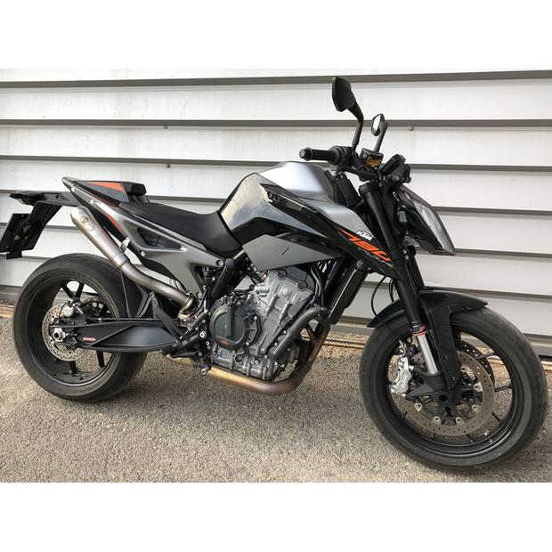 Exhaust KTM Duke 790 GP Style with power front pipe